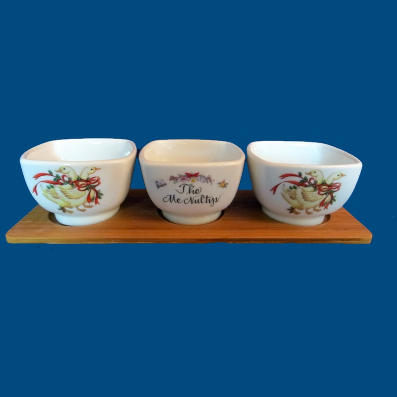Personalized Hand Painted Three Piece Bowl Set on Wooden Base*-Christmas, Christmas gift, holiday gifts, hostess gift, holiday gift bowls, Christmas bowls, Christmas hostess gift, xmas gift, porcelain Christmas, porcelain Christmas gift, nut dish, nut bowls, holiday nut bowls, Christmas nut bowls, Christmas dip bowls, Christmas candy dish