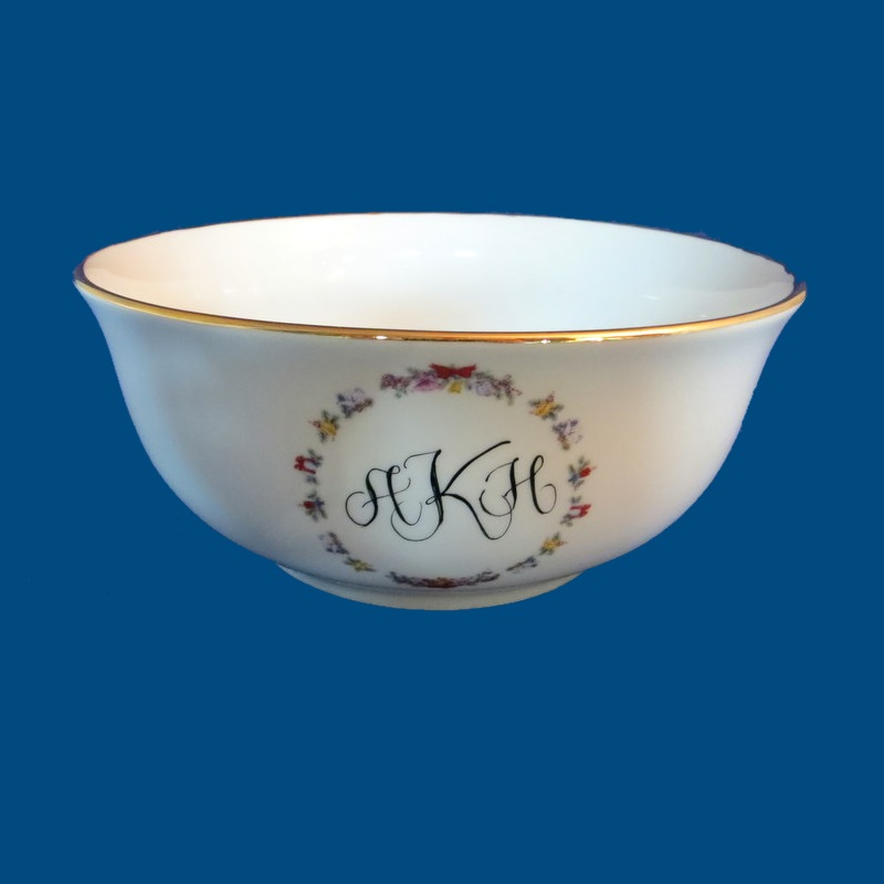Personalized Hand Painted Porcelain Holiday Bowl with Monogram Initials*-gift idea, personalized gifts, personalized gift, wedding gifts, anniversary gifts, bridal shower gifts, porcelain, porcelain bowl, porcelain bowls, white porcelain, serving bowls, porcelain painted, pasta bowls, porcelain dinnerware, bowl, Christmas, Christmas Wreath, Christmas Bowl, Holiday Bowl, Christmas Gift