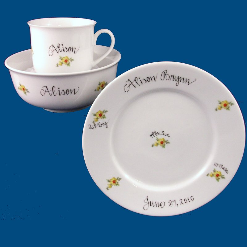 Dish Set with Yellow Daisies