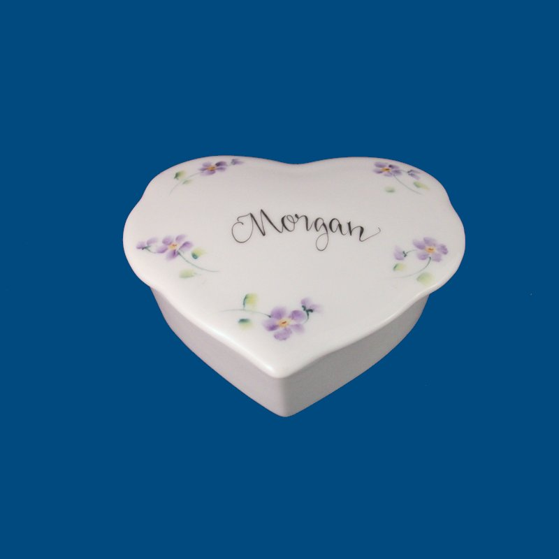 Personalized Hand Painted Porcelain Fluted Heart Box-gift idea, personalized gifts, unique gifts,  heart box, children, toddler, hand painted, porcelain, heart, baby gift,monogrammed, custom, ceramics, favors, weddings, bridal gifts, birthday gifts, trinket box, keepsake boxes, jewelry boxes, custom boxes