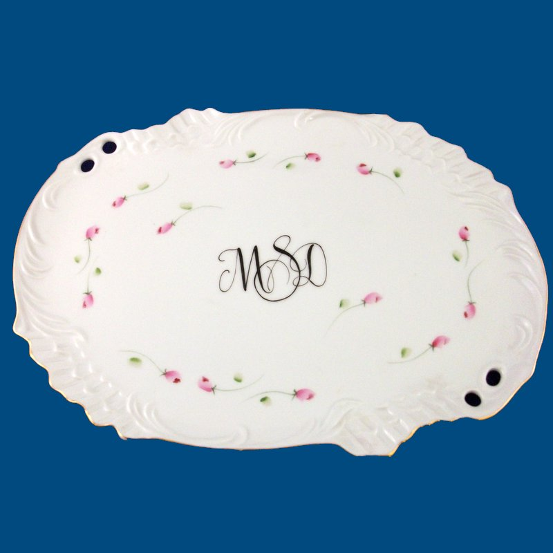 Personalized Hand Painted Porcelain Med. Oval Dresser Tray-gift idea, personalized gifts, unique gifts, personalized gifts, unique gifts, bridal shower gifts, bridesmaid gifts, monogrammed gifts, birthday gifts, valentine's day gifts, porcelain painted, hand painted trays, porcelain keepsake, birthday gifts, anniversary gifts, birthday gift, best gifts, gift ideas for girls, bridal shower gifts, anniversary gifts, birthday gifts, vanity tray, dresser tray, christmas gift, porcelain gift, porcelain keepsake, white porcelain