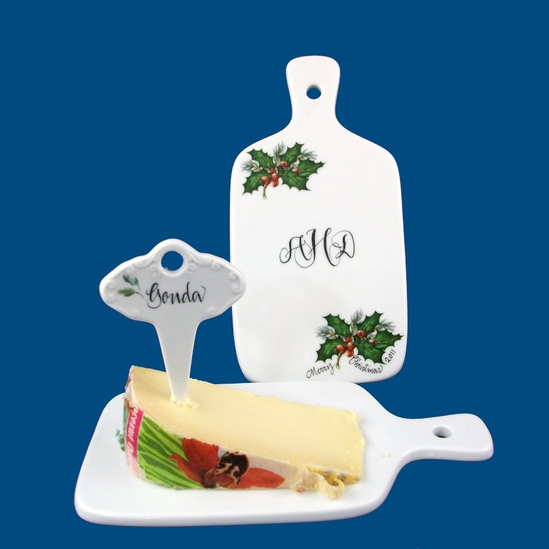 Personalized Hand Painted Porcelain Christmas Cheese Board*-cheese board, cheese boards, cheese and wine, the cheese board, cheese tray,cheese pick, Christmas, christmas gifts, christmas gift, gifts for Christmas, ideas for christmas, personalized gift, personalized gifts, porcelain, custom gift, monogrammed gift, hostess gift
